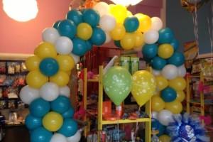arco con palloncini